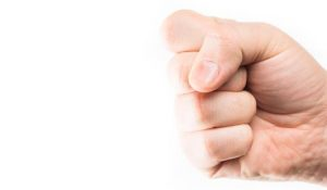 Straffen for vold og chikane mod offentligt ansatte skærpes