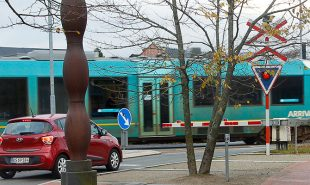 Jernbaneoverkørsler: Bilister mangler respekt for toget