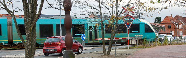 Bilister mangler respekt for toget - djf.dk