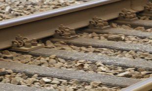 Leder: Ingen vej uden om toget, DI
